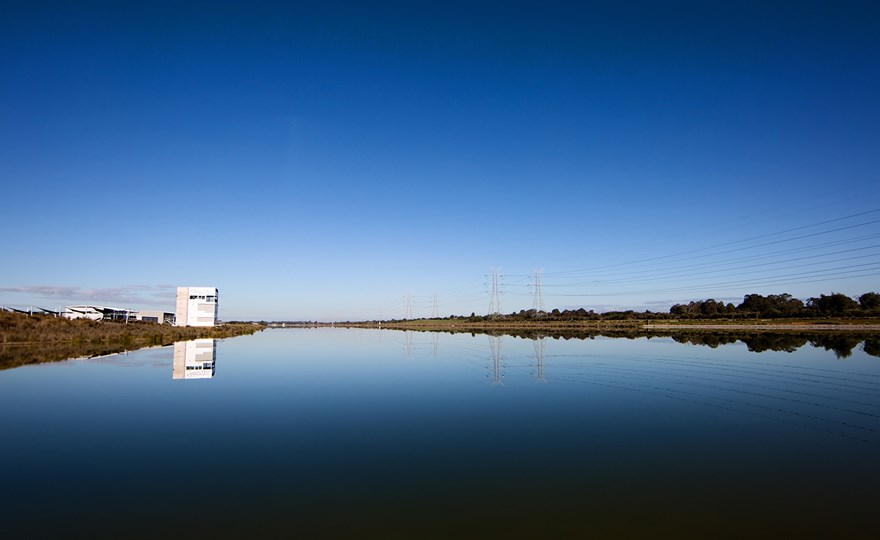 Gorgeous-blue-skies-and-still-water-at-Champion-Lakes-Regatta-Centre.jpg